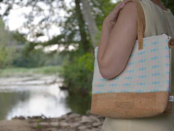 "On sale shopper bag / natural cork bag / vegan bag / zippered tote bag - ""Candy"" handmade of natural cork and organic cotton"