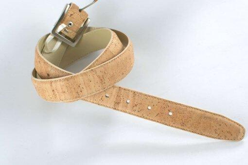 cinturon corcho natural hecho a mano vegano