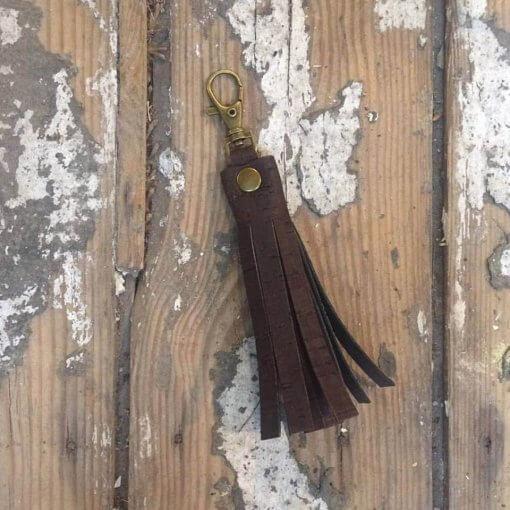 borla para bolsos corcho marron