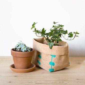 Cork bucket / cork bin