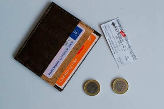 Natural cork card wallet