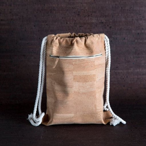mochila minimalista corcho