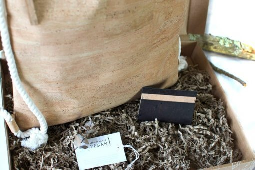 caja vegana mochila tarjetero corcho